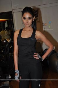 Sonal Chauhan at Body Sculptor Gym, Juhu